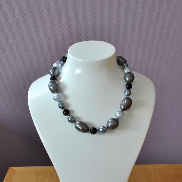 collier de perle baroque