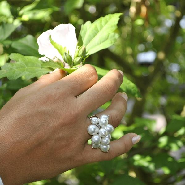 Grosses bagues en perles traditionnelles multi perles multicolores toute taille