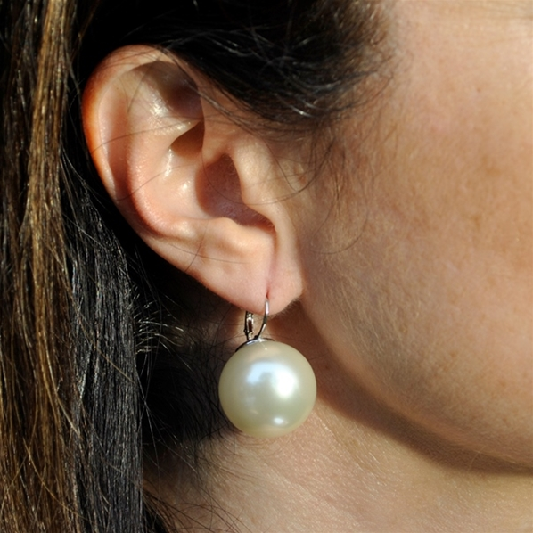 Boucles Dormeuses Grosses Perles Blanches 20mm