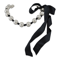 Collier Ruban Caroline en perles blanches 18mm